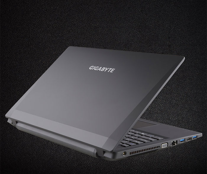 GIGABYTE P15F R7 CORE i5 GAMING LAPTOP WITH 512GB SSD AND 16GB RAM